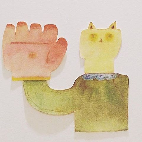 ★イベントお知らせです★ 『パーム リーディング(手相から わかること たくさん)』 2月12日(sun)と2月13日(mon)の2日間、くろさわ じゅんこさんによる パームリーディングの会を kousagisha galleryにて 開催させていただきます。ぱっと 気になる方、自分を 客観視してみたい方、これから先 どんな風に 展開していきたいか アドバイスが 欲しい方など  皆々様、  ピンと きたらば 是非 受けてみて下さい☆ ちなみに くろさわさんのパームリーディングを 受けられる方は 1人では なくても 受ける事ができます。友達と受けたい方、パートナーと受けたい方、ファミリーで受けたい方、 1人では 不安な方など  数人で 受けていただく事もできますよ。 ●今回も  2月の展示の  加藤 智哉 常設展 『冬の部屋』 の空間内 にて 手相をみていただきます。 そちらも お楽しみに☆ ~日時~ 2月12日(日)、13日(月)12時〜18時まで。場所:kousagisha gallery 料金:15分 3000円  30分 6000円 予約の連絡先→tomoya.forute33@gmail.com  加藤まで。(予約も 承りっております。予約の無い時間であれば 当日でも 受けれますよ。必ず受けたいという方や 時間を指定されたい方は ご予約下さい。予約が埋まってしまったら ごめんなさいですが 受付終了させて いただきます)#加藤智哉 #くろさわじゅんこ#パームリーディング#光兎舎#kousagishagallery #光兎舎ギャラリー