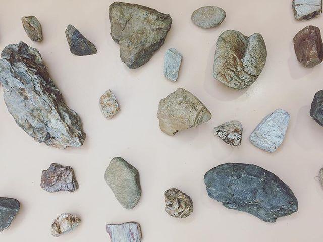『stone』