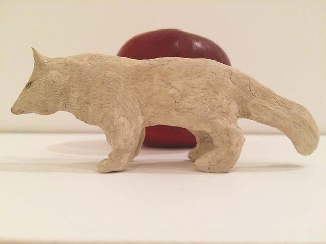 『奇跡の赤い実とオオカミ』