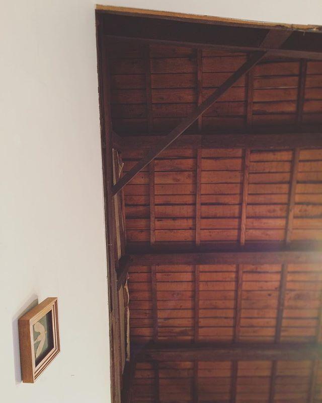 ちせの天井。雨の音。お店の音。