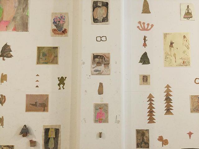 『小さな惑星 × ホホホ座』 搬出。ホホホの文化 と 僕の文化。 本が並び、絵が並ぶ。 渦に渦。人と情報。