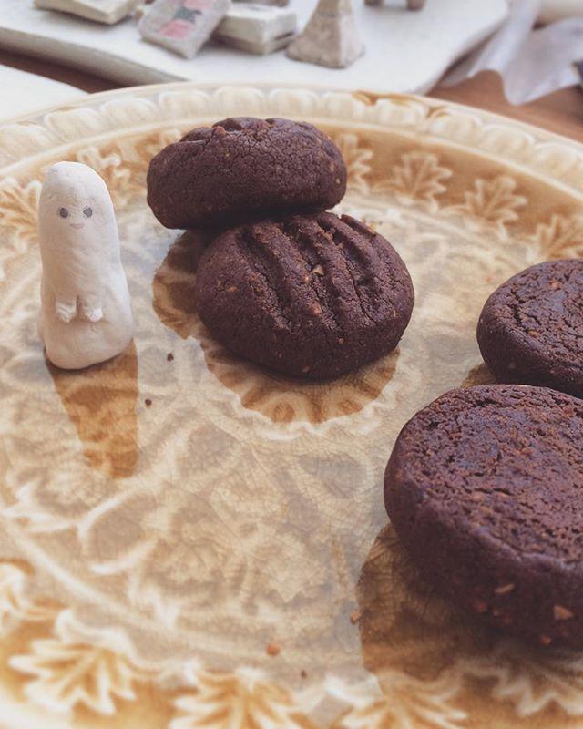 松本 高志さんの お菓子が 珈琲にあう。今 ホホホ座で 買えます。